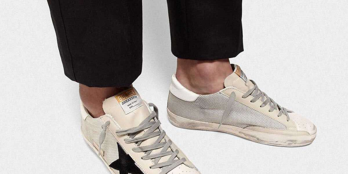 Golden Goose Sneakers behavior
